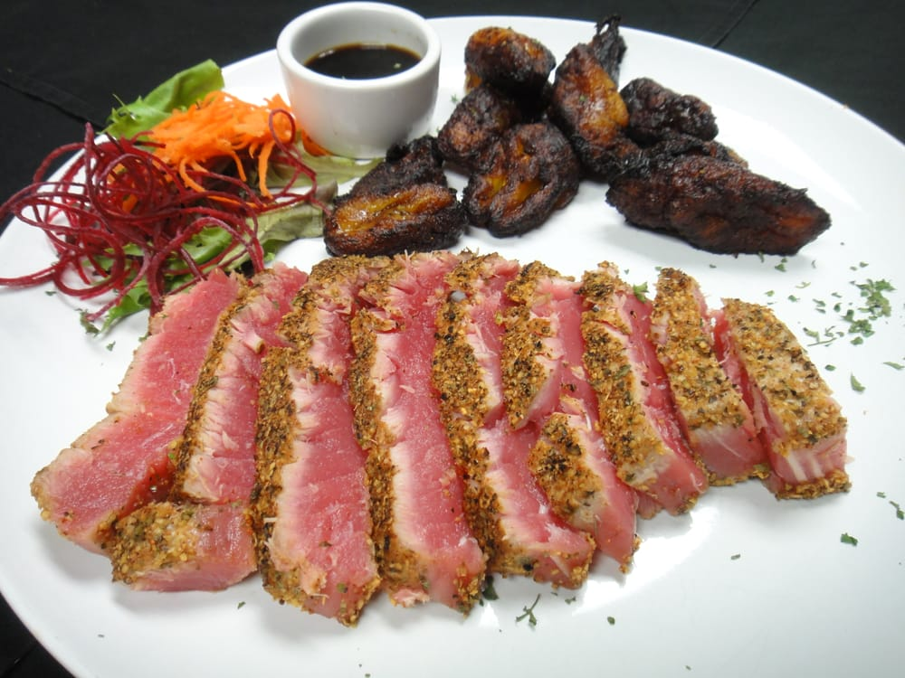 Blackened tuna japanese 7 spice powder with cajun spices for Nove kitchen and bar