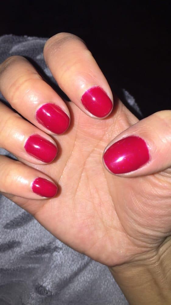 Lauren's Nails And Skin Salon