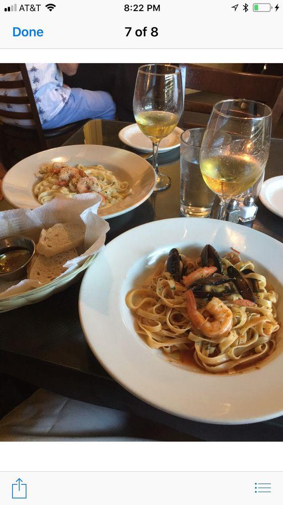 Bellino's Italian Restaurant - Rockport: 523 S Fulton Beach Rd, Rockport, TX