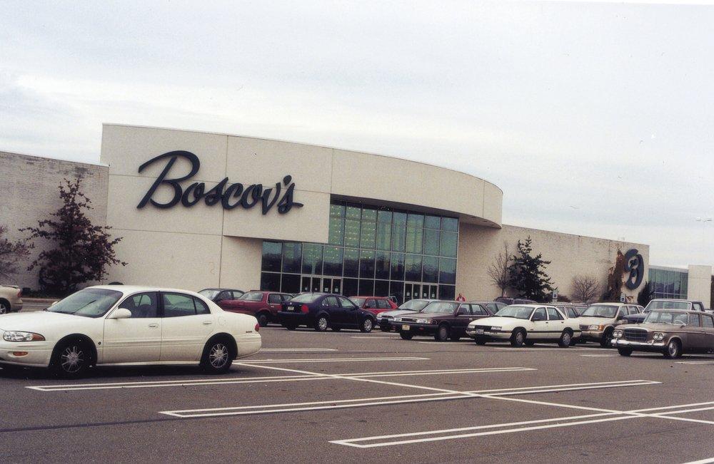 Boscov's: 1 Susquehanna Valley Mall Dr, Selinsgrove, PA