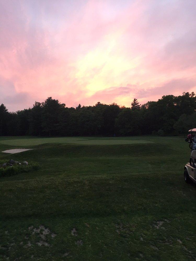 Acushnet River Valley Golf Course: 685 Main St, Acushnet, MA