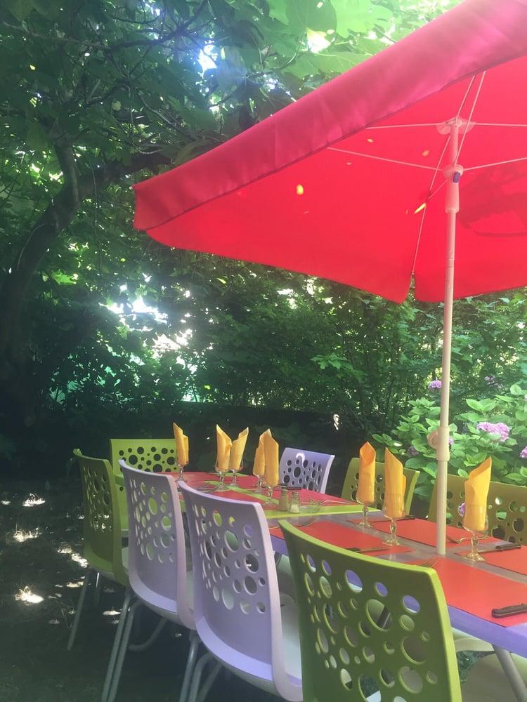 Le jardin de sandra fransk 142 rue de gerland 7 me for Jardin 122 rue des poissonniers