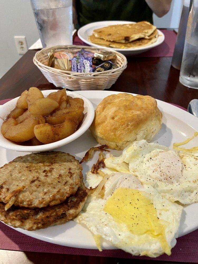 The Lexington Pancake House: 465 E Nelson St, Lexington, VA
