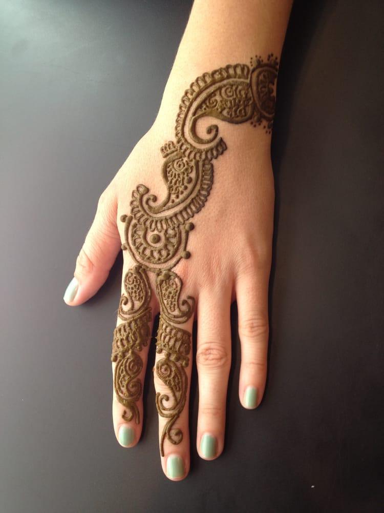 Henna Tattoo Eyebrows : Photos for raanya eyebrow threading henna tattoo yelp