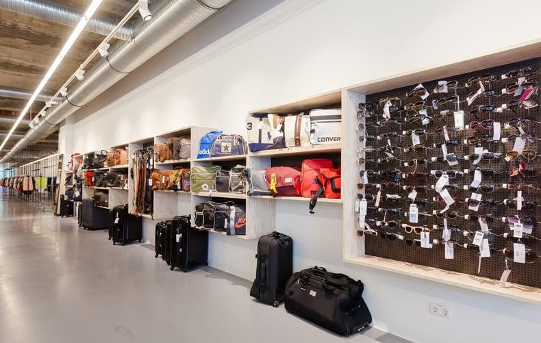 accessoires yelp. Black Bedroom Furniture Sets. Home Design Ideas