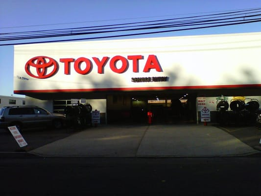 Westbury Toyota Reviews Automotive At 1121 Old Country Rd Ny