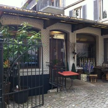 long blumen blumenladen florist sihlstrasse 95 kreis 1 z rich yelp. Black Bedroom Furniture Sets. Home Design Ideas