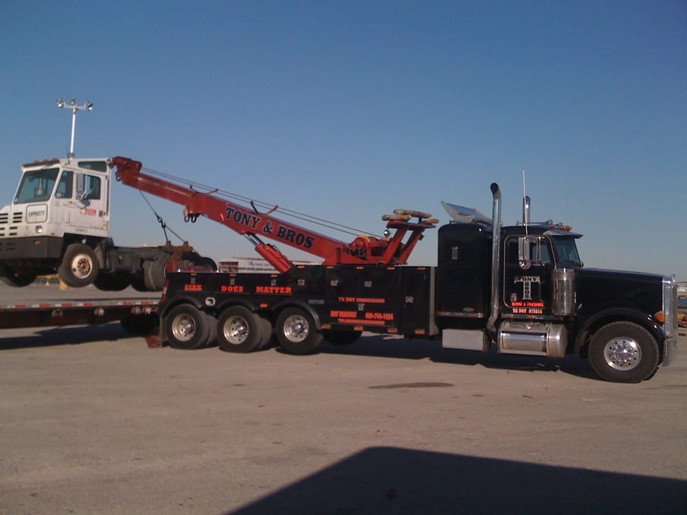 Towing business in Galveston, TX