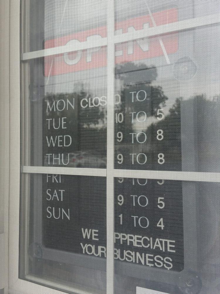 Charlemont: 114 W Charlemont Ave, Kingsport, TN