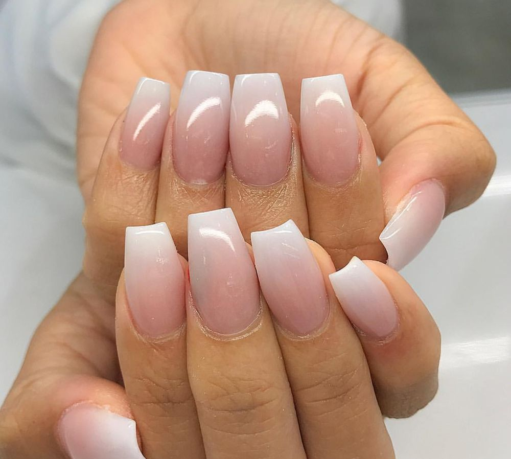 elegant nails DID NOT paint these, This is what I wanted, and showed ...