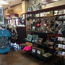 Cavender S Boot City 16 Reviews Shoe Stores 5075 Nw