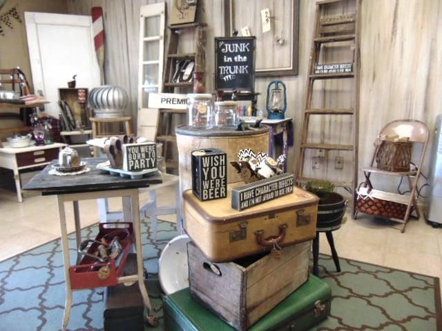 Merveilleux Photo Of Trader Maes Furniture U0026 Decor Market   Apopka, FL, United States
