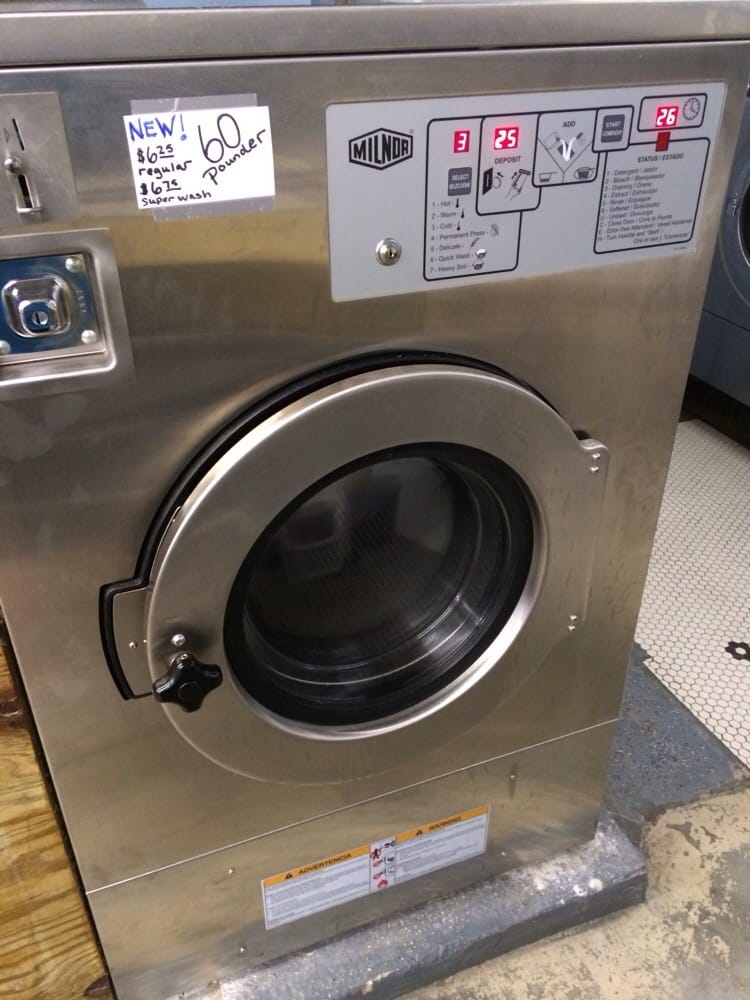 60 Pound Washer ~ New huge washer holds pounds of clothes and it really