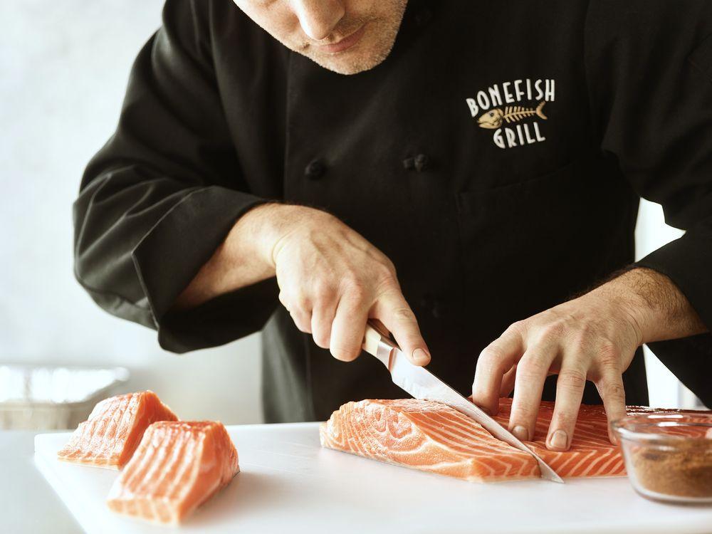 Bonefish Grill: 901 Lehigh Lifestyle Ctr, Whitehall, PA