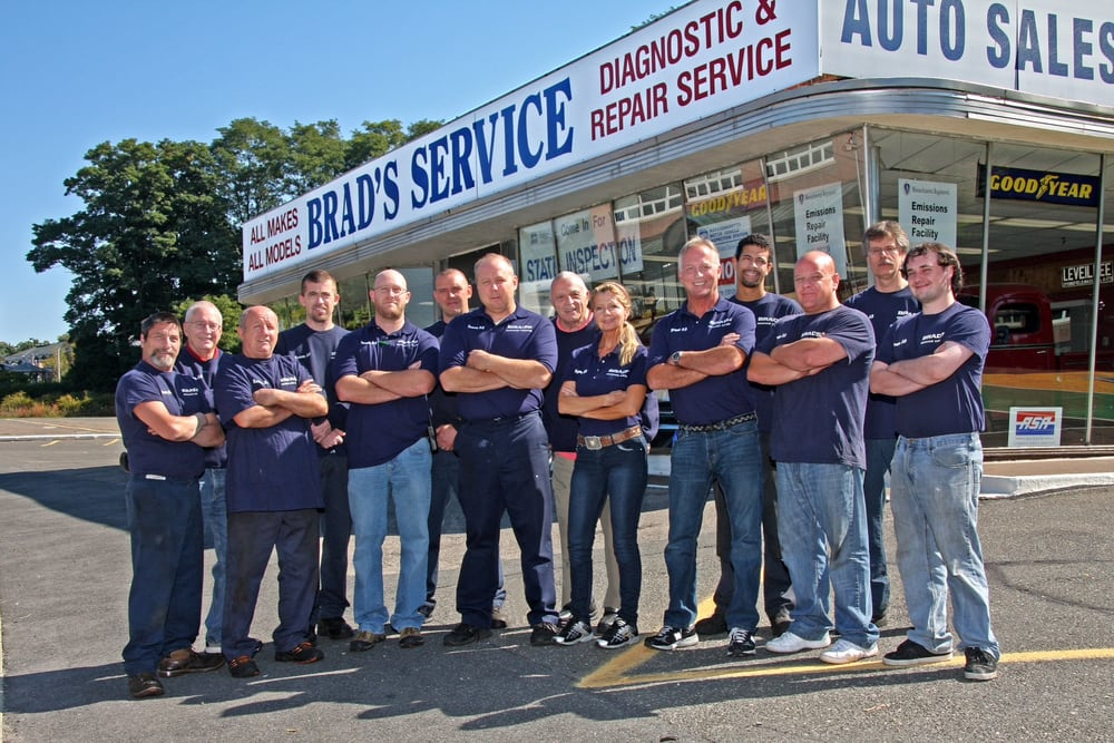 Brad's Service Center: 760 Front St, Chicopee, MA