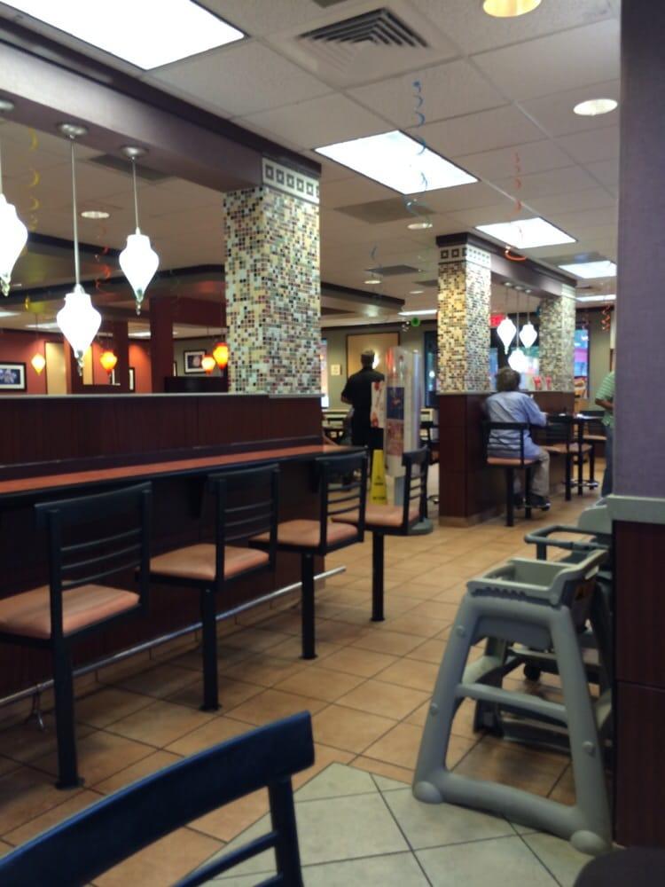 Mcdonald s 10 reviews fastfood 83 bureau dr for O bureau restaurant