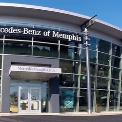 Mercedes benz of memphis 28 photos auto repair 5389 for Memphis mercedes benz