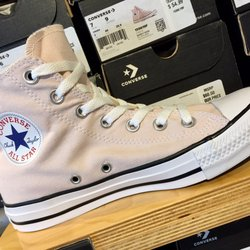 6ddfef973a81 The Converse Outlet Store - 13 Photos   19 Reviews - Shoe Stores ...