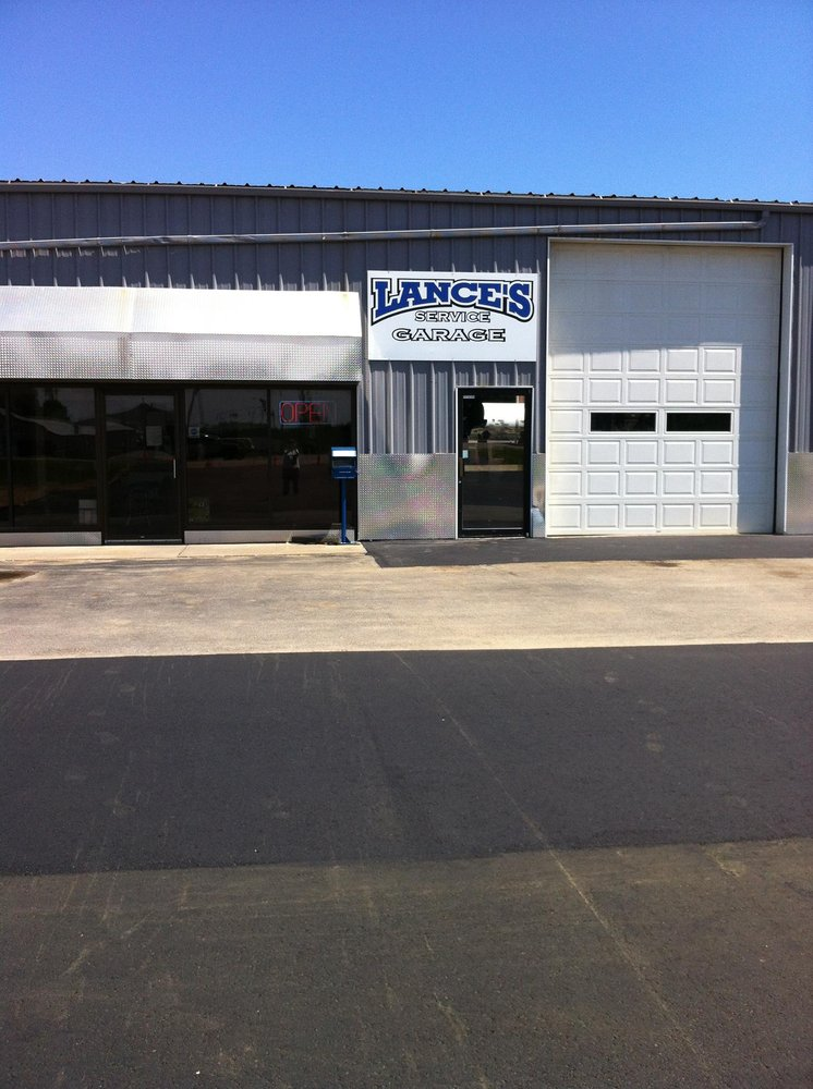 Lance's Service Garage: 2775 US Hwy 45, Antigo, WI