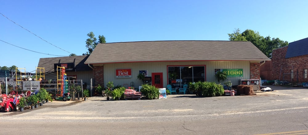 Broadmoor Home Center Inc: 2420 Old N Hills St, Meridian, MS