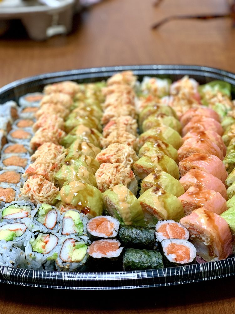 Sapporo Sushi & Steakhouse: 1603 Highway 51 S, Covington, TN