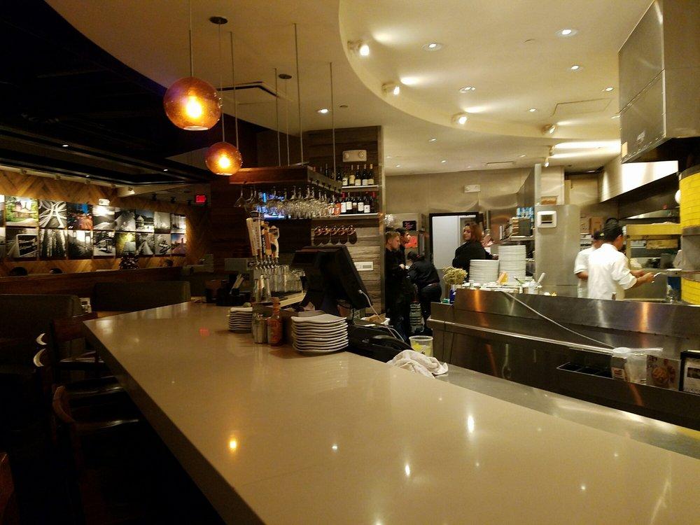 California Pizza Kitchen At Westfarms Mall Farmington Ct