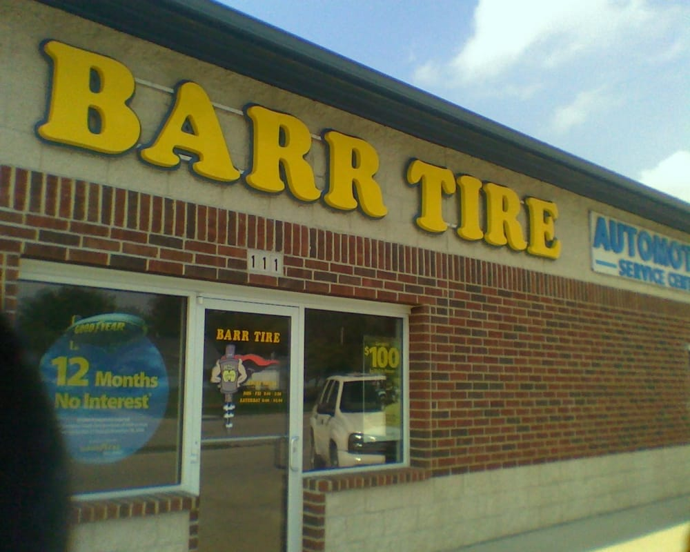 Barr Tire - Automotive Service Center: 111 N Broadway St, Red Oak, IA