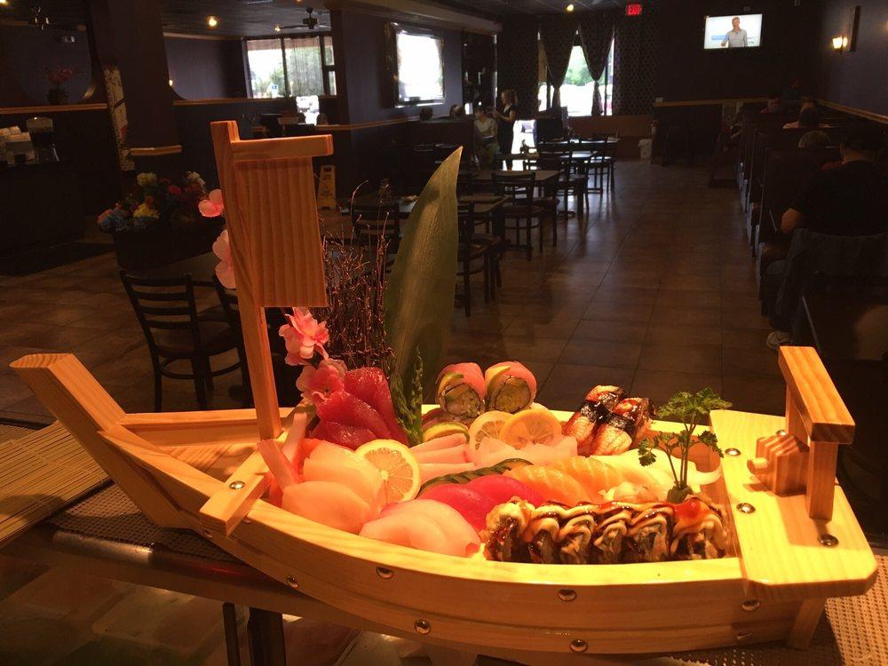 Sakura Fusion Japanese Sushi & Grill: 1548 S Ohio Ave, Live Oak, FL