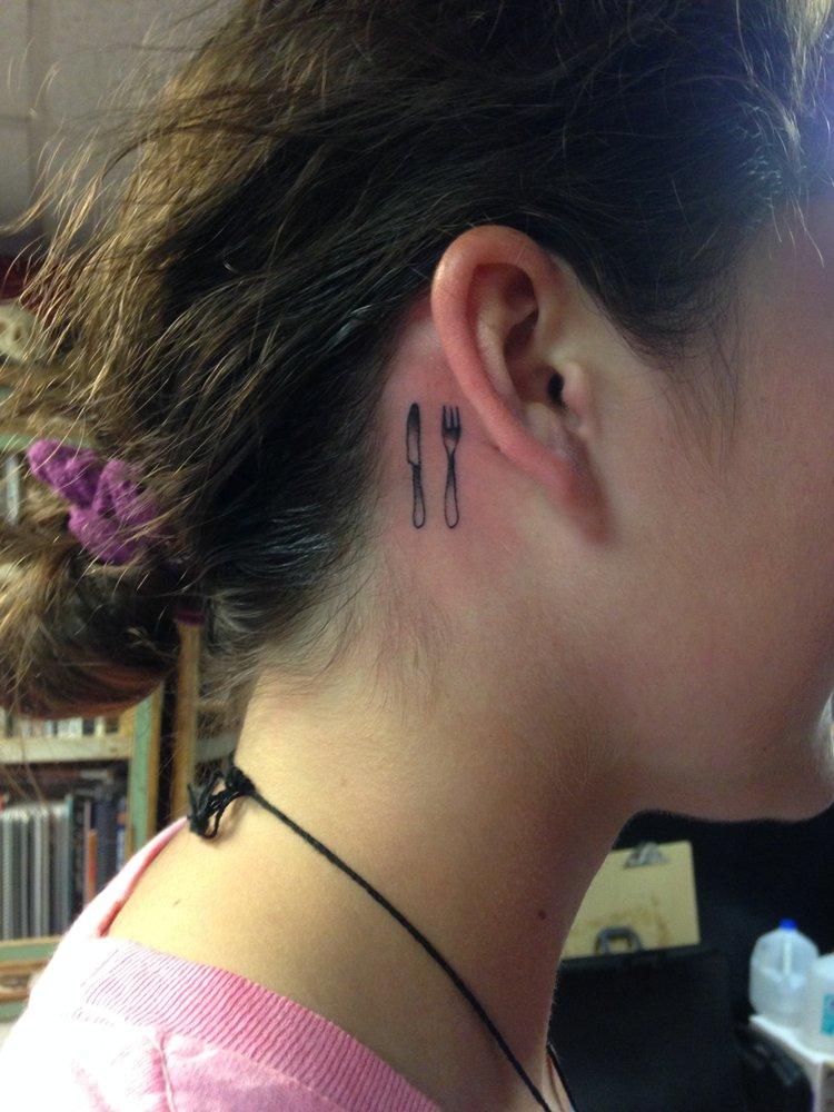 Hallowed ground bodyart studio tattoo 610 congress st for Hallowed ground tattoo