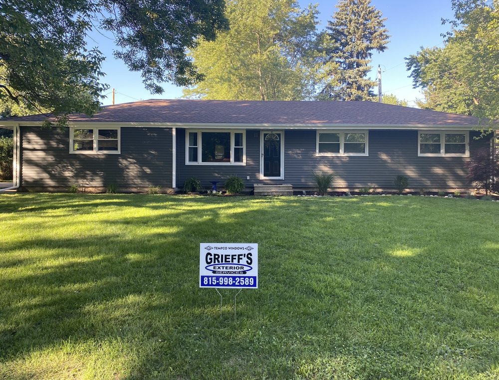 Grieff's Exterior Services: 209 E Hamilton St, Odell, IL
