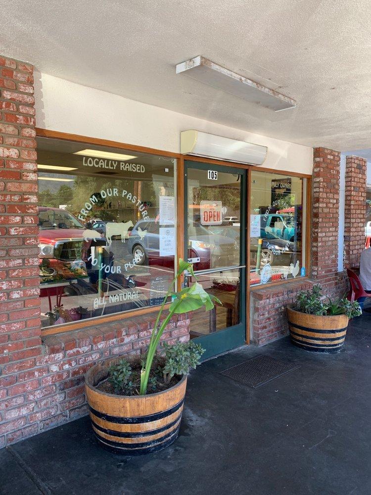 Watkins Ranch Butcher Shop: 105 E El Roblar Dr, Meiners Oaks, CA