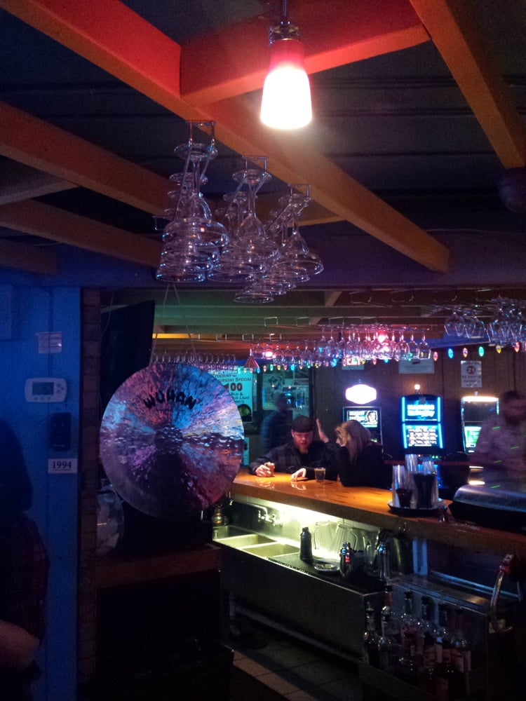 Chinabar Dive Bars Johnsburg Il Reviews Photos Yelp