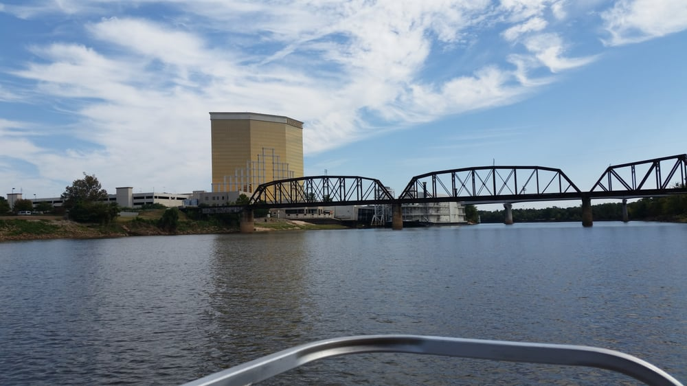 Spirit of the Red River Cruise: 820 Clyde Fant Pkwy, Shreveport, LA