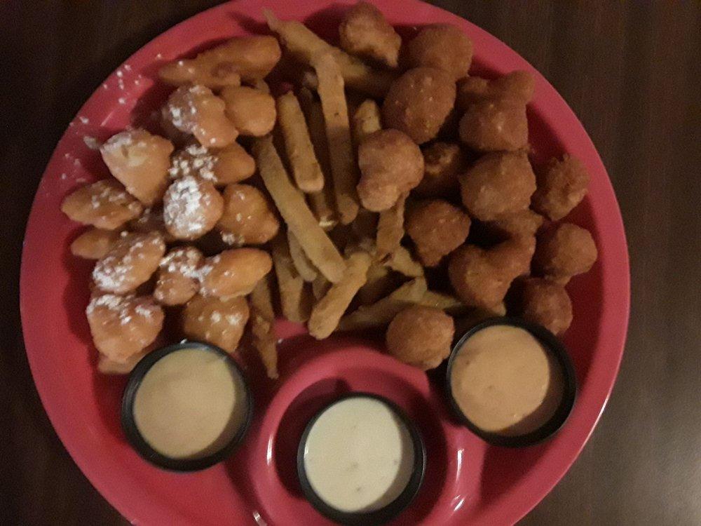 Al's Restaurant: 1530 N Scenic Hwy, Lake Wales, FL
