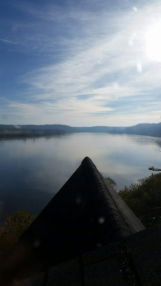 Colucci Cabin Rentals on the Ohio River: 17735 Magnet Valley Rd, Magnet, IN