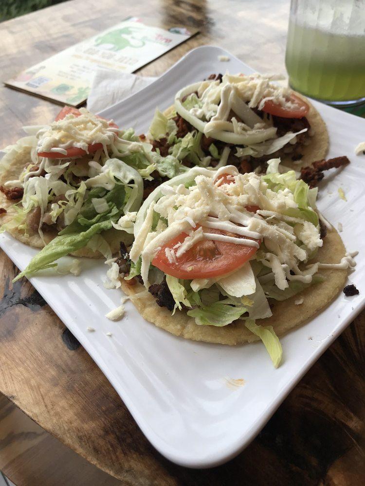 Toro Guacamole: 459 W Butler Ave, Chalfont, PA