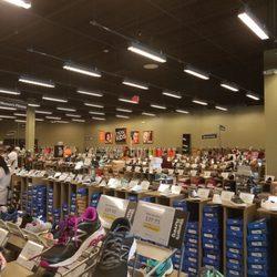Dsw Designer Shoe Warehouse 36 Photos S 1250 Scenic