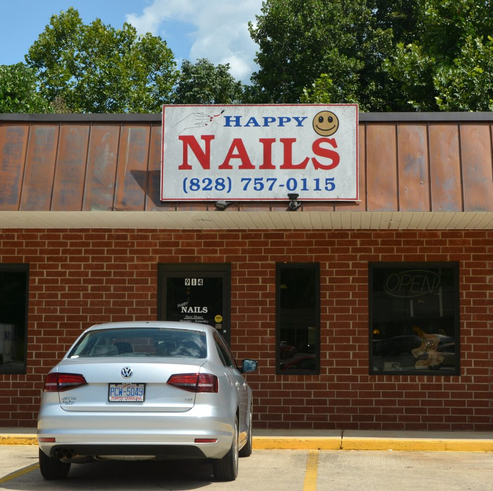 Happy Nails: 914 Wilkesboro Blvd, Lenoir, NC