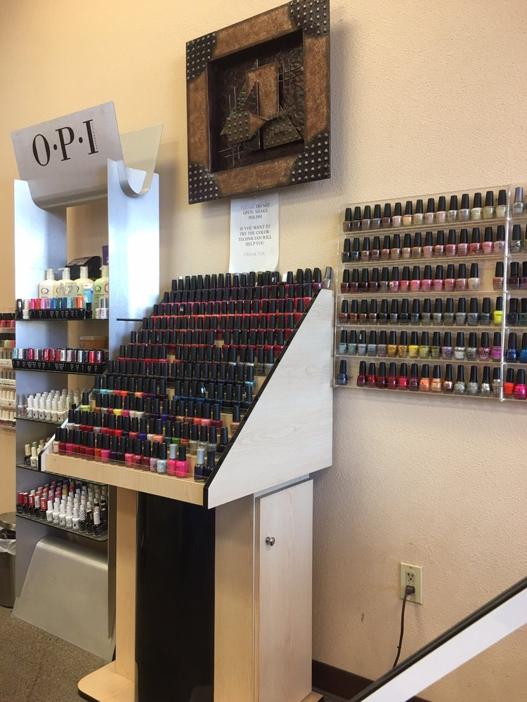 Elegant Nails and Spa: 2816 S 4th Ave, Yuma, AZ