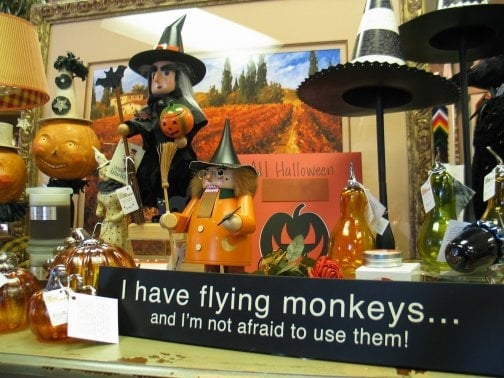 Photo Of Frame Workshop Appleton Wi United States Halloween And Autumn Home
