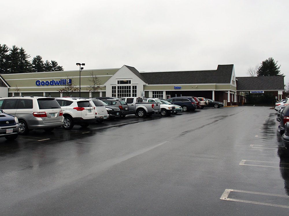 Goodwill Store & Buy the Pound Outlet: 9 Wason Rd, Hudson, NH