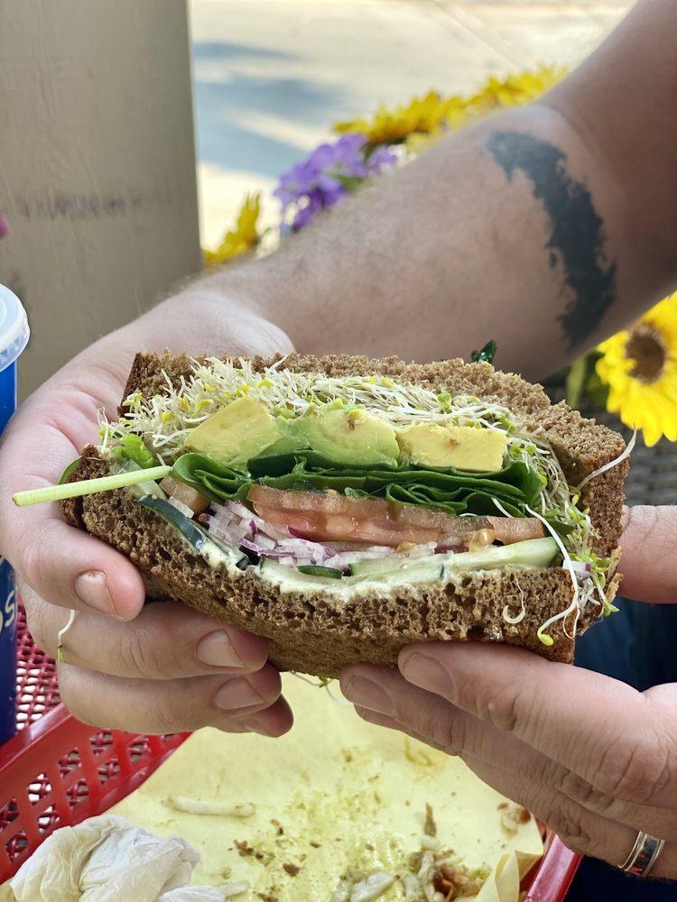 The Lunch Spot: 74868 Joni Dr, Palm Desert, CA