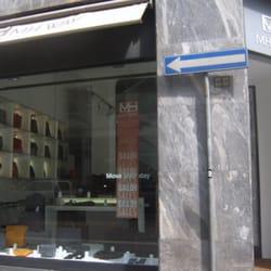 Mh way borse e valigie via durini 2 centro storico for Via durini 4 milano