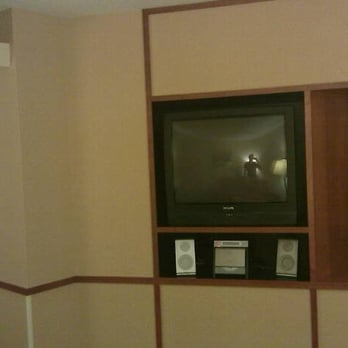fairfield inn suites 17 reviews hotels 217 potomac blvd rh yelp com