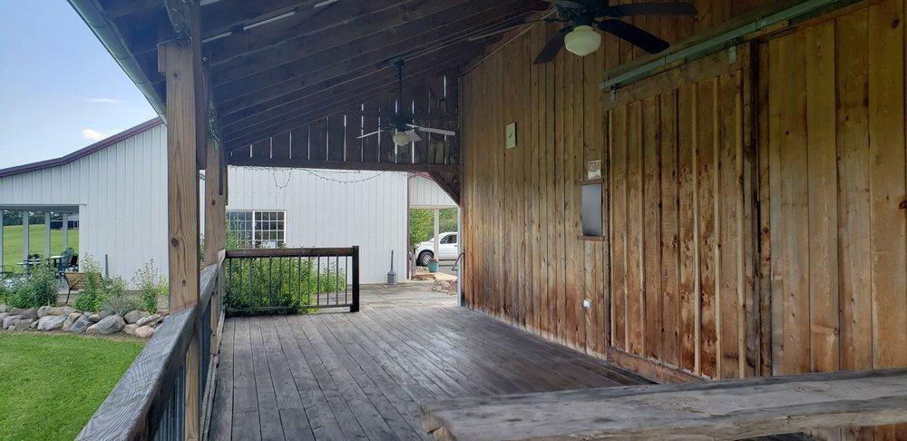 Izzo's White Barn Winery: 6634 Cayuga Rd, Cayuga, NY