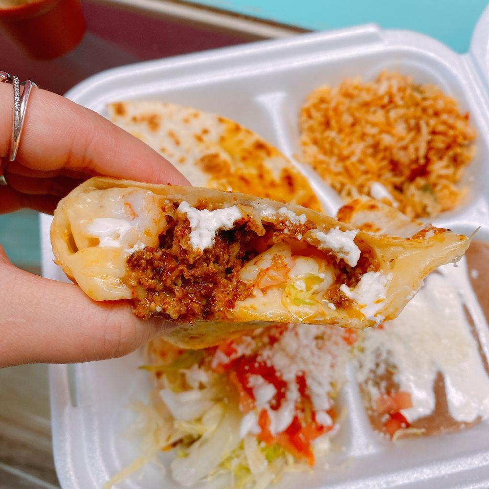 Maciel's Tortas & Tacos: 820 Cooper St, Memphis, TN