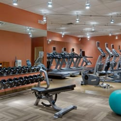 Hilton hasbrouck heights 24 photos 50 reviews hotels for 650 terrace avenue hasbrouck heights nj