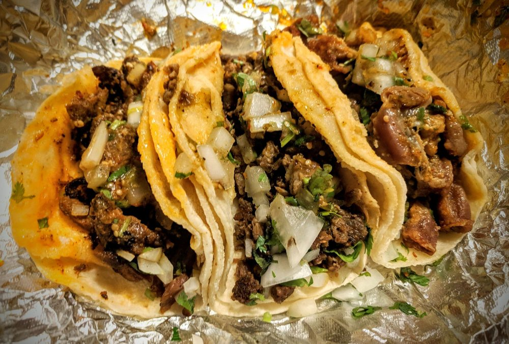 Karina's Tacos: 2025 Durfee Ave, South El Monte, CA