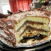 Suspiros Cakes German Chocolate