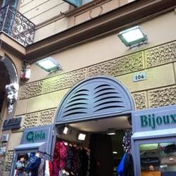 6879a114e3224 Gioia Bijoux - Gioiellerie - Via Luca Giordano 104